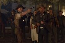 Harrison Ford, Clancy Brown, Sam Rockwell, Chris Browning, et Daniel Craig dans Cowboys & Aliens (2011)