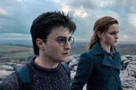 Daniel Radcliffe et Emma Watson dans Harry Potter et les reliques de la mort: 1ère partie (2010)