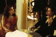 John Travolta et Laura Harring dans The Punisher (2004)