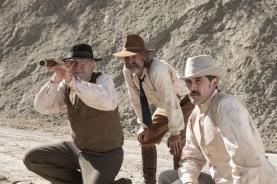 Kurt Russell, Matthew Fox, et Richard Jenkins dans Bone Tomahawk (2015)