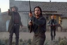 Christian Bale, Peter Fonda, et Kevin Durand in 3:10 dans Yuma (2007)