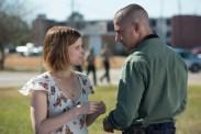 Shia LaBeouf et Kate Mara dans Man Down (2015)