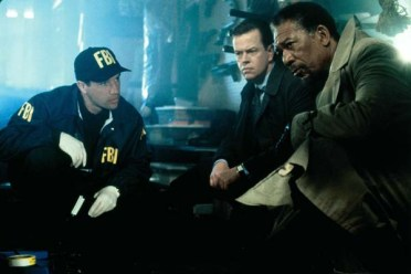 Morgan Freeman et Dylan Baker dans Along Came a Spider (2001)