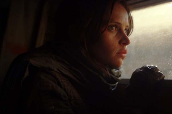 Felicity Jones dans Rogue One (2016)