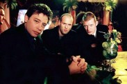 Jason Flemyng, Dexter Fletcher, et Jason Statham dans Lock, Stock and Two Smoking Barrels (1998)