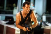 Bruce Willis dans Die Hard (1988)