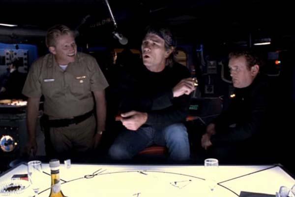 Tommy Lee Jones, Colm Meaney, et Gary Busey dans Under Siege (1992)