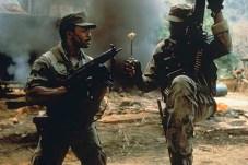 Carl Weathers et Bill Duke dans Predator (1987)