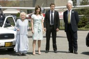 Craig T. Nelson, Ryan Reynolds, Mary Steenburgen, et Betty White dans The Proposal (2009)