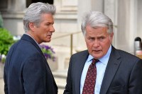 Richard Gere et Martin Sheen dans The Double (2011)