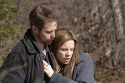 Kate Beckinsale et Sam Rockwell dans Snow Angels (2007)