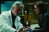 Kate Beckinsale et Tom Skerritt dans Whiteout (2009)