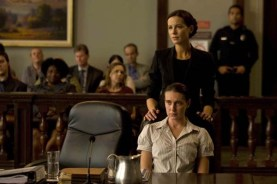 Kate Beckinsale et Anna Schafer dans The Trials of Cate McCall (2013)
