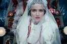 Mariya Poezzhaeva dans Dragon Inside Me (2015)