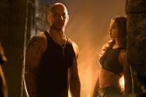 Vin Diesel et Deepika Padukone dans xXx: Return of Xander Cage (2017)