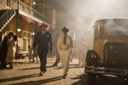 Ben Affleck et Chris Messina dans Live by Night (2016)