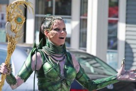 Elizabeth Banks dans Power Rangers (2017)