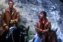 Steven Seagal et Joan Chen dans On Deadly Ground (1994)