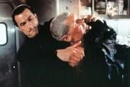 Steven Seagal et Everett McGill dans Under Siege 2: Dark Territory (1995)