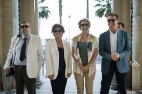 Pierce Brosnan, Emma Thompson, Timothy Spall, et Celia Imrie dans The Love Punch (2013)