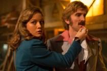 Brie Larson et Sharlto Copley dans Free Fire (2016)