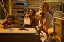 Noah Taylor, Sharlto Copley et Jack Reynor dans Free Fire (2016)