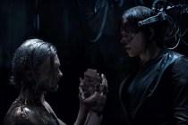 Scarlett Johansson et Michael Pitt dans Ghost in the Shell (2017)