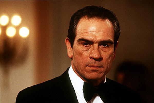 Tommy Lee Jones dans U.S. Marshals (1998)