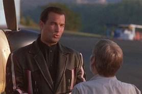 Steven Seagal dans Menace Toxique (1997)