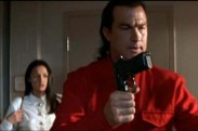 Steven Seagal dans Piège à Haut Risque (1998)
