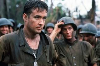 John Cusack dans La Ligne Rouge (1998)