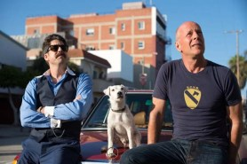 Bruce Willis et Adam Goldberg dans Once Upon a Time in Venice (2017)