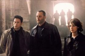 Jean Reno, Benoît Magimel, et Camille Natta dans Les rivières pourpres 2 - Les anges de l'apocalypse (2004)