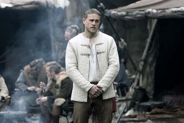 Charlie Hunnam dans King Arthur: Legend of the Sword (2017)