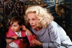 Jeanne Moreau dans Un Amour de Sorcière (1997)