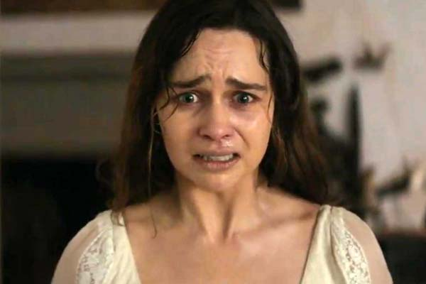 Emilia Clarke dans Voice from the Stone (2017)