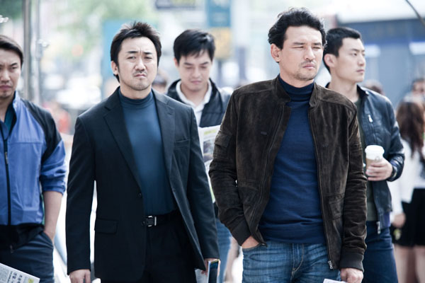 Jung-min Hwang et Dong-seok Ma dans The Unjust (2010)
