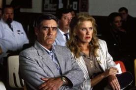 R. Lee Ermey et Celia Weston dans Dead Man Walking (1995)