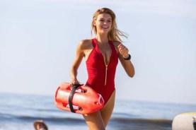 Kelly Rohrbach dans Baywatch (2017)