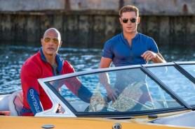 Dwayne Johnson et Zac Efron dans Baywatch (2017)
