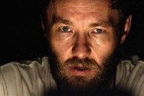 Joel Edgerton dans It Comes at Night (2017)