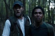 Joel Edgerton et Kelvin Harrison Jr. dans It Comes at Night (2017)