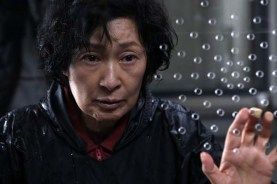 Kim Hye-ja dans Mother (2009)