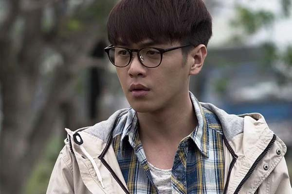 Zhang Ruoyun dans Sky on Fire (2016)
