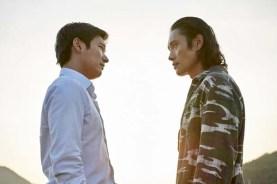 Jo Seung-woo et Lee Byung-hun dans Inside Men (2015)