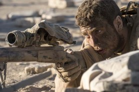 Aaron Taylor-Johnson dans The Wall (2017)