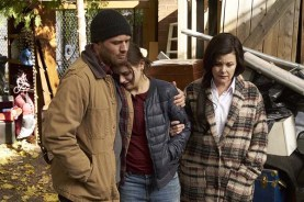 Sherilyn Fenn, Ryan Phillippe, et Joey King dans Wish Upon (2017)