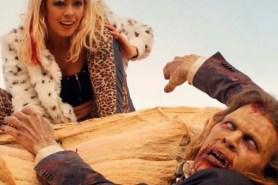 Brittany Allen et Juan Riedinger dans Bloody Sand (2016)