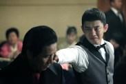 Yoo Ah-in dans Tough as Iron (2013)