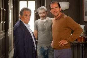 Stéphane De Groodt, Arnaud Henriet et Christian Clavier dans Une heure de tranquillité (2014)